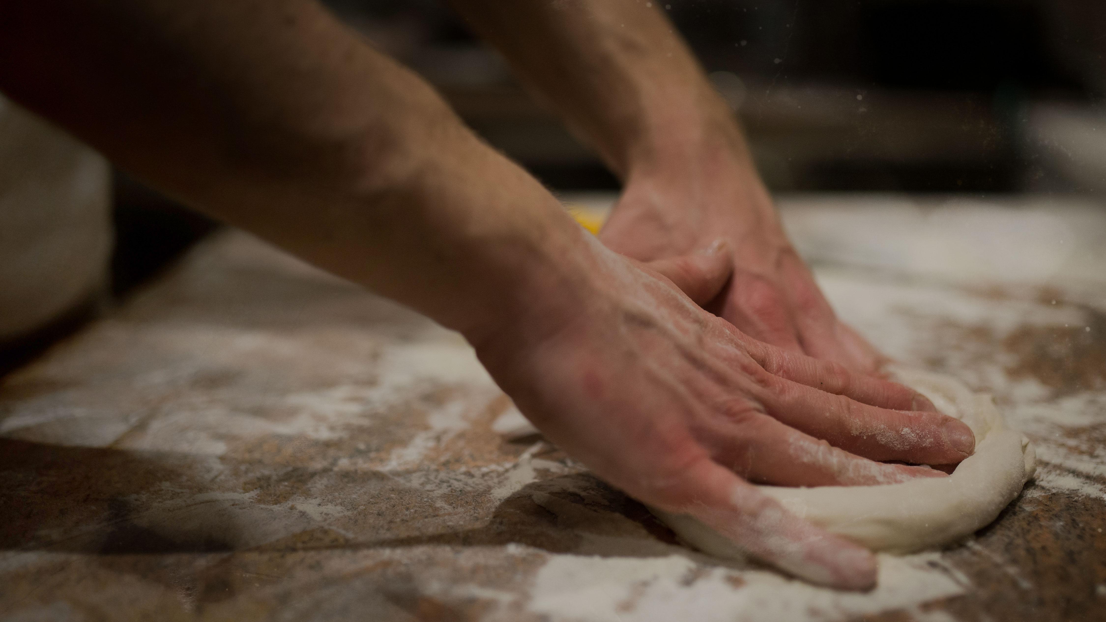 impasto vera pizza napoletana a roma alta digeribilità lievitazione 72 ore
